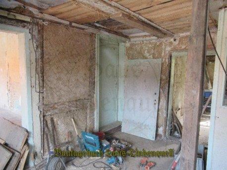Die Türen werden für die provisorische Nutzung wieder gangbar gemacht