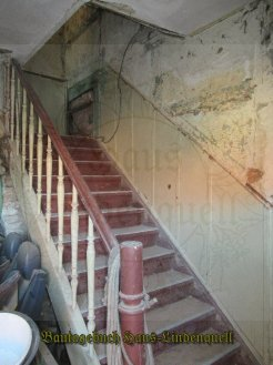 schnell das Treppenhaus...